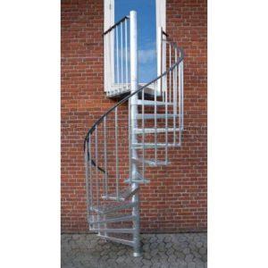 Винтовая лестница из стали